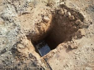 2012-06-06 Wasserloch zeigt, dass das Wasser nah ist