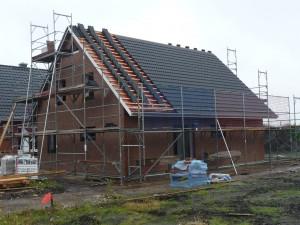 2012-07-28 Dach wurde ca. zur Hälfte im Regen eingedeckt