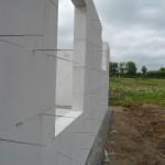 Ein Blick auf die Front mit Küchenfenster und HTR-Fenster