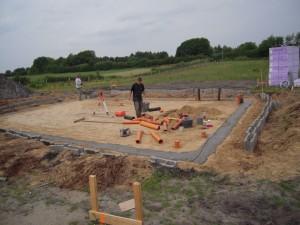 2012-06-15 Mit Beton auffüllen