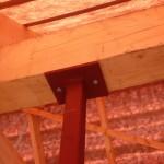 Dieser Stahlträger sitzt stabil und wirkt sinnvoll