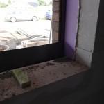 Fenster mit Verblender davor