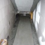 Mini-Pool unter der Treppe