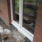 Hier hat der Fensterbauer mal gut rumgesaut mit dem Mörtel