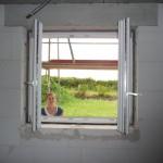 Großes Arbeitszimmerfenster