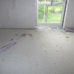 Fenster Kinderzimmer 1: Schön den Müll rumliegen lassen