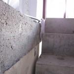 Spalt zwischen Treppe und Decke