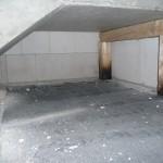 Die gerösteten Holzpfeiler unter der Treppe sollten nun langsam auch mal ersetzt werden