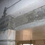 Das fehlende Mauerstück über dem Treppenpodest wurde nun durch einen Sturz gefüllt - so macht's Sinn