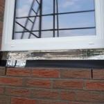 Korrigierter Flicken auf Badezimmerfenster