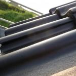 Nicht korrekte positionierte Dachpfannen: Großer Spalt am unteren Ende
