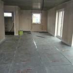 Küche und Essebereich ist bereit für die Fußbodenheizung