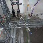 Sonderbarer Weise sind die Fernwärmerohre und Elektrorohre nicht verschlossen worden?
