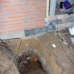 Erdkabellage neben dem Abwasserrohr - was nen Deckel hat!