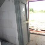 Eine Bautür wurde geliefert