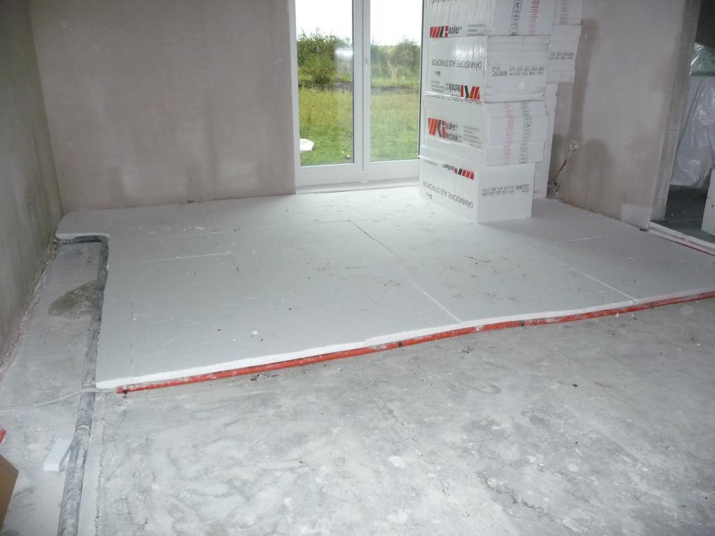 Fußbodendämmung im Wohnzimmer