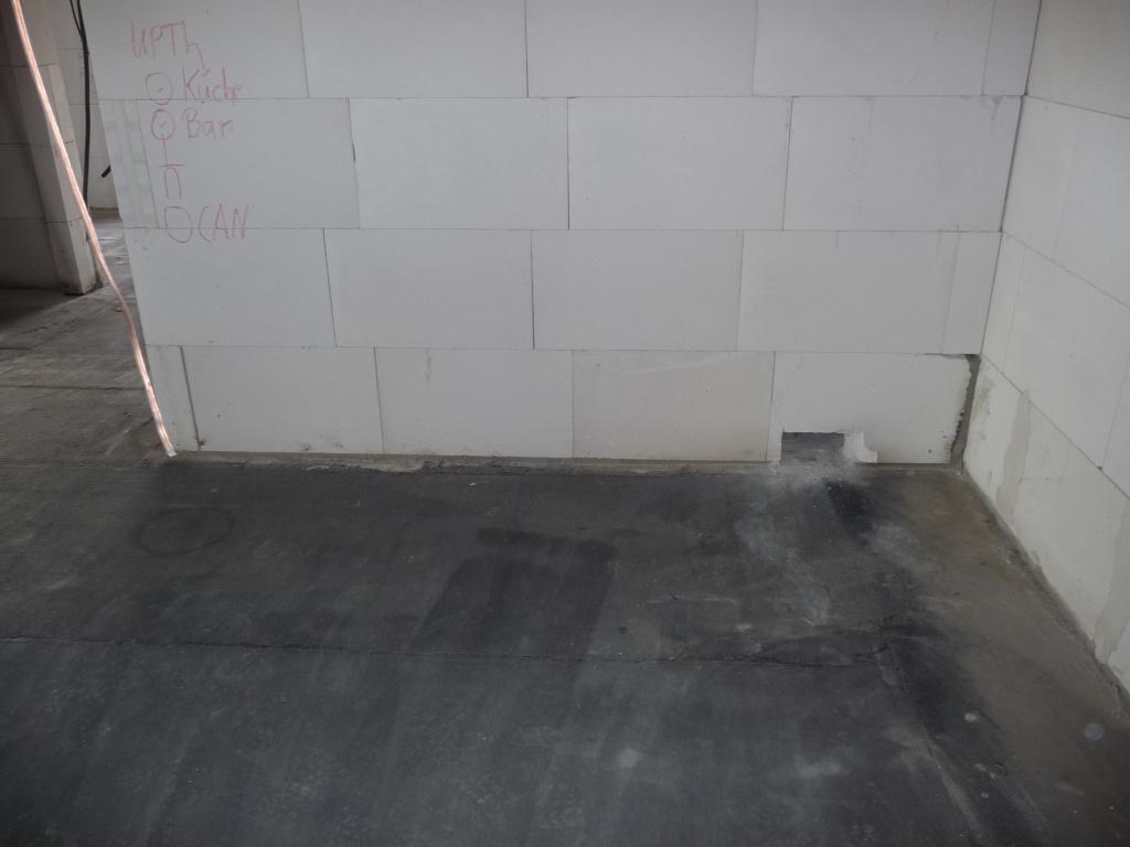 Vorbereitung für Fußbodenheizung in der Küche