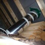 Platzsparende Verbauweise im Dachboden (West-Spot)