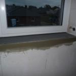 Fensterbank im Badezimmer oben wurde wieder entfernt und für Fliesen vorbereitet