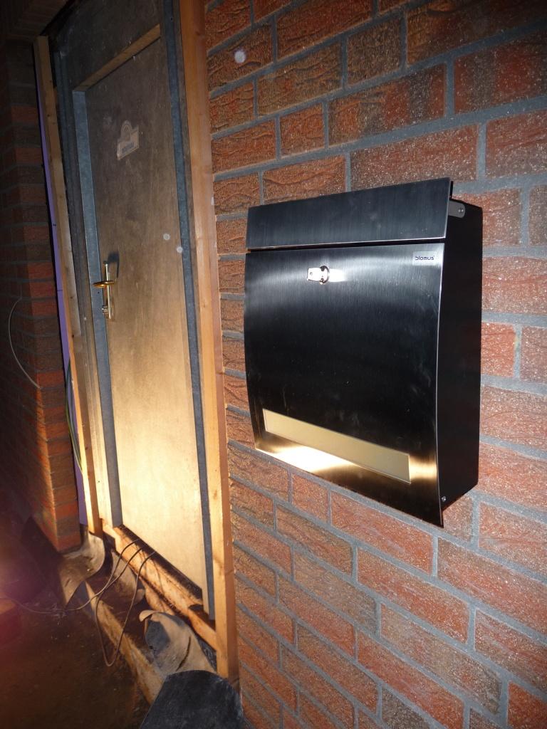 Unser Briefkasten (hier noch ohne Zeitungsfach)