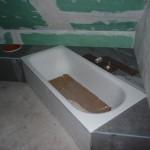 Gesamte Eckabmauerung der Badewanne