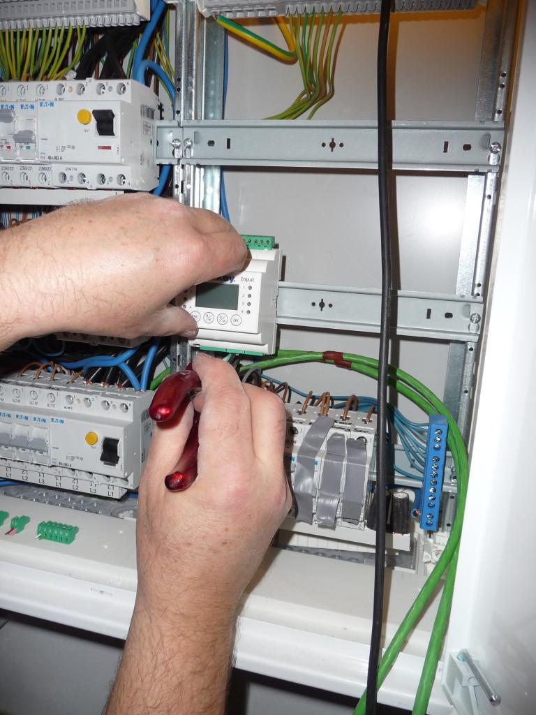 Die eKey-Steuereinheit im Stromkasten