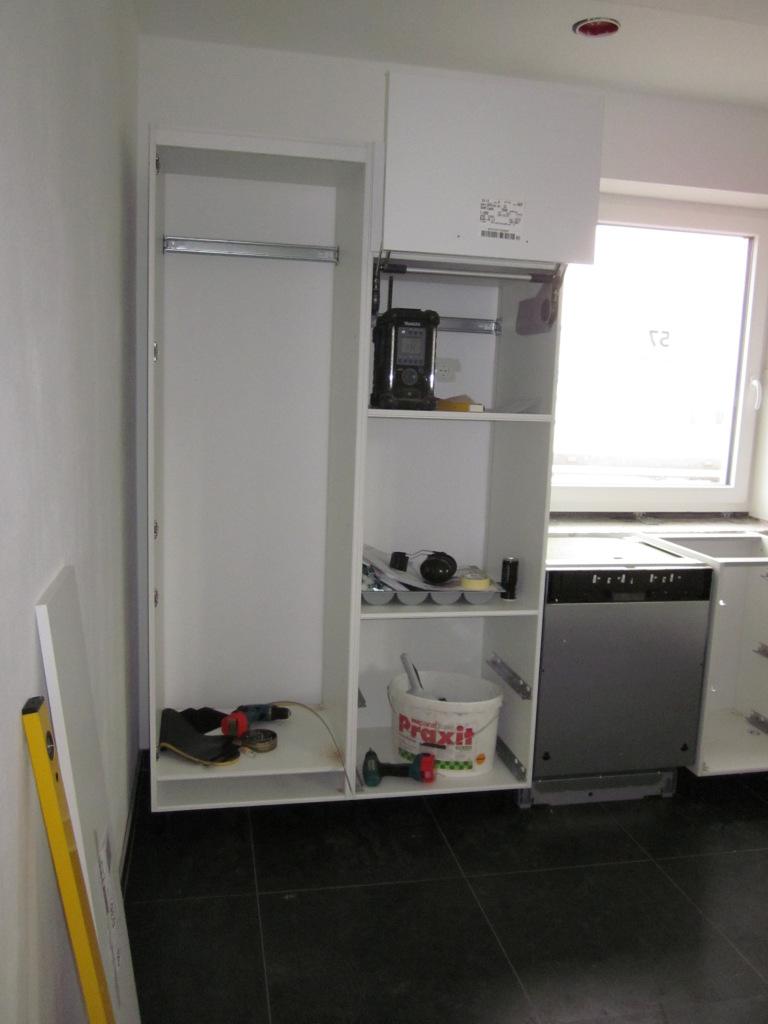 Tag 1 - die Küche wird aufgebaut
