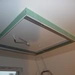 Trockenbaukonstruktion für Deckenbeleuchtung in der Küche