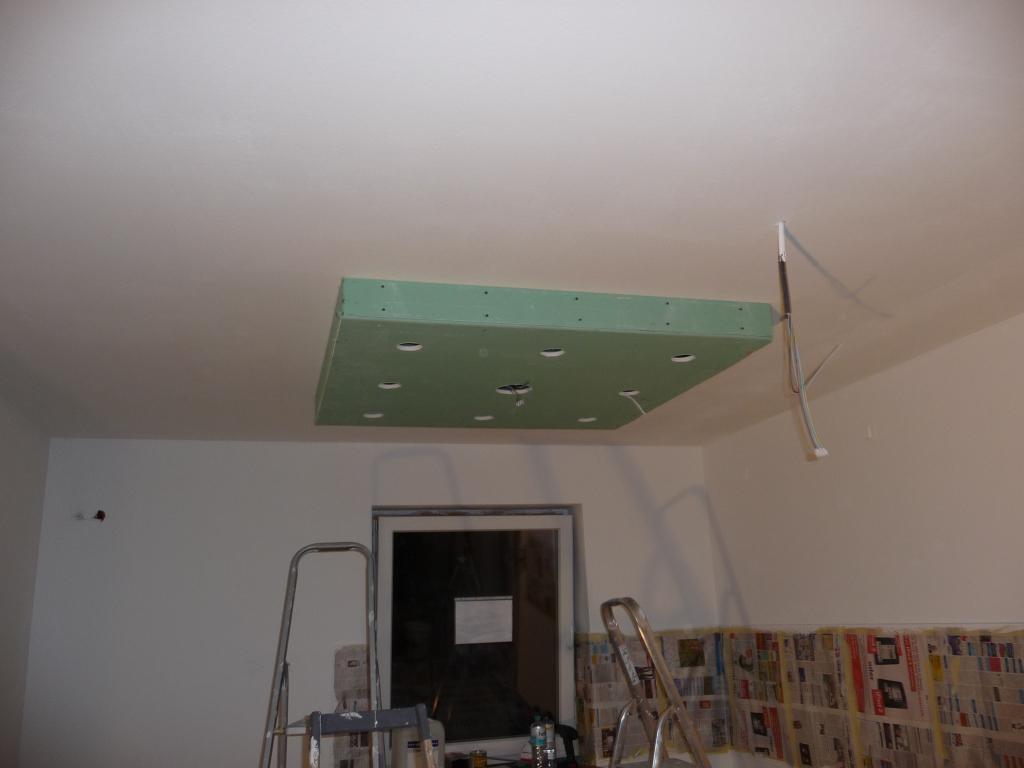 trockenbaukonstruktion f r deckenbeleuchtung in der k che jetzt wird gebaut bautagebuch. Black Bedroom Furniture Sets. Home Design Ideas
