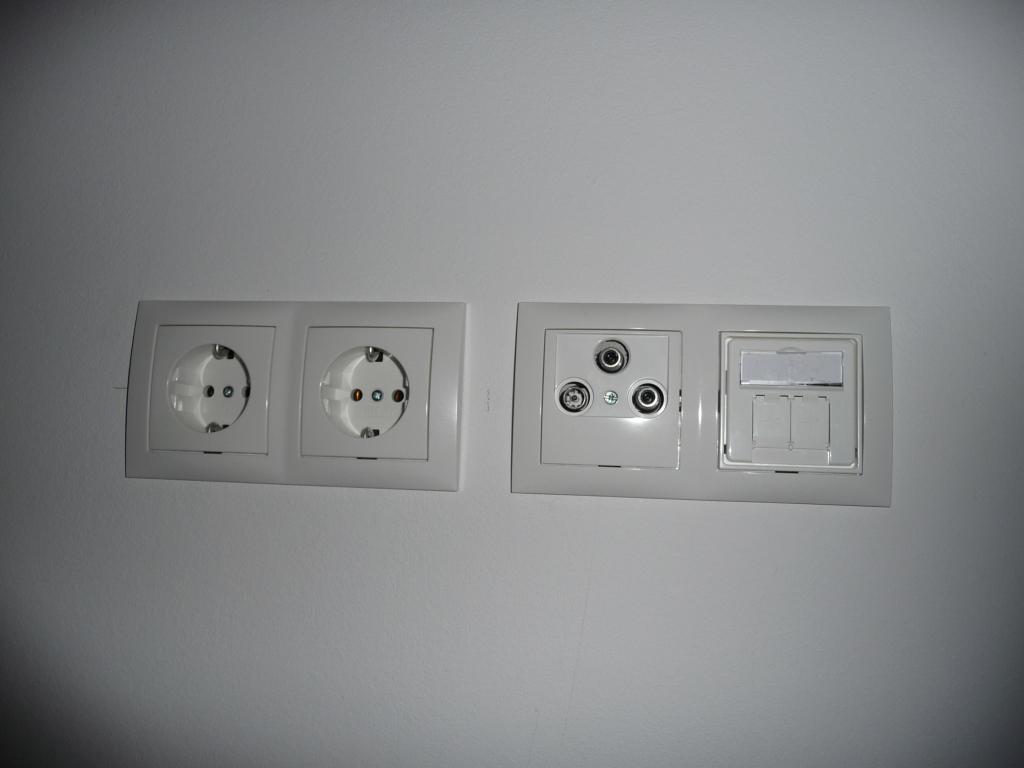 Steckdosen und Strom überall