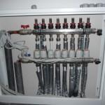 Elektrische Ventile auf den Heizungsventilen