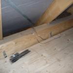 Vorbereitete Kabel für die Duschbeleuchtung