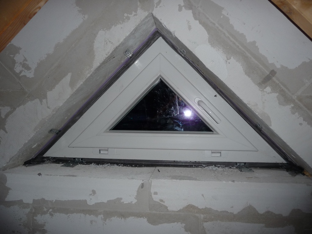 Kleine Dreiecksfenster, die man öffnen kann :-)
