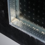 Perlen im Inneren des Tür-Glases