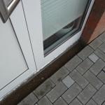 Pflaster bis an die Tür