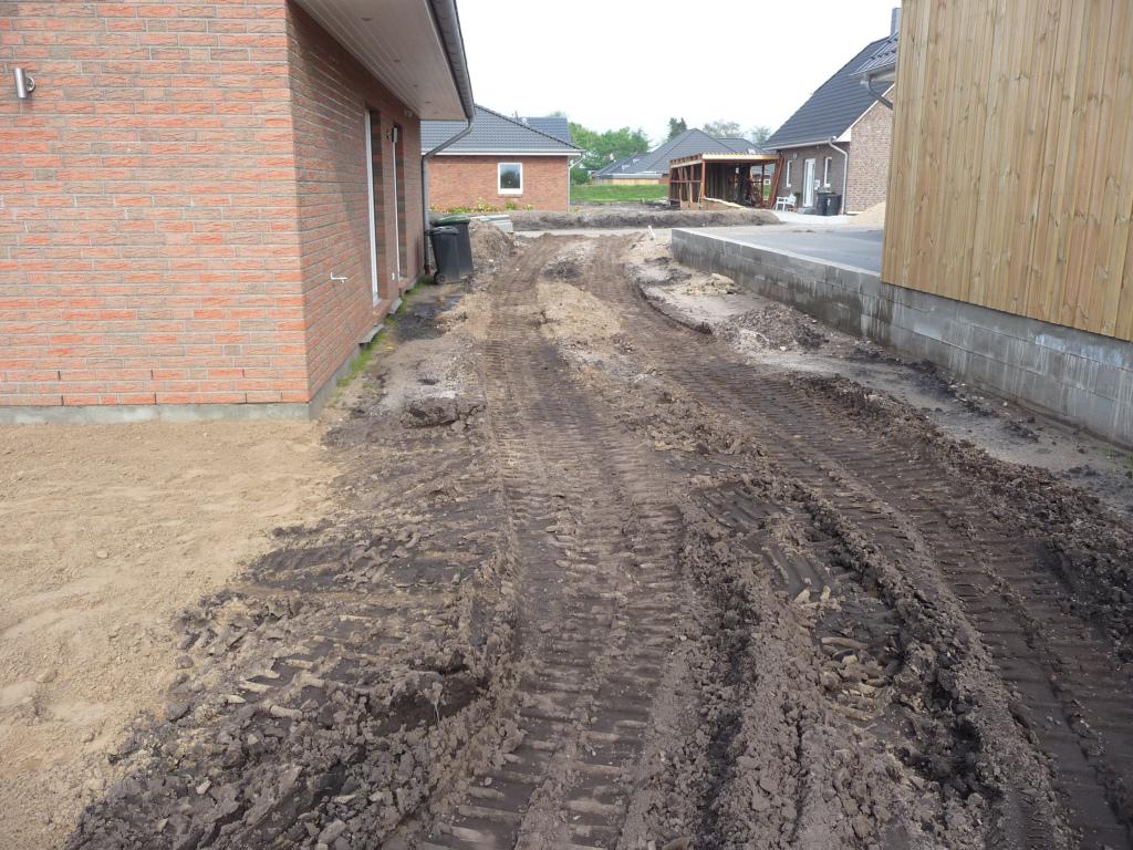 Die Nebenterrasse ist aktuell noch Durchfahrtsweg
